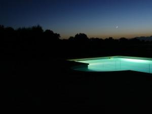 pool with lighting